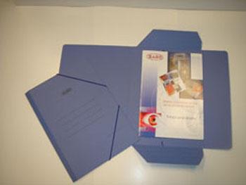 Producto: Carpeta Cartoncillo Azul Barnizado